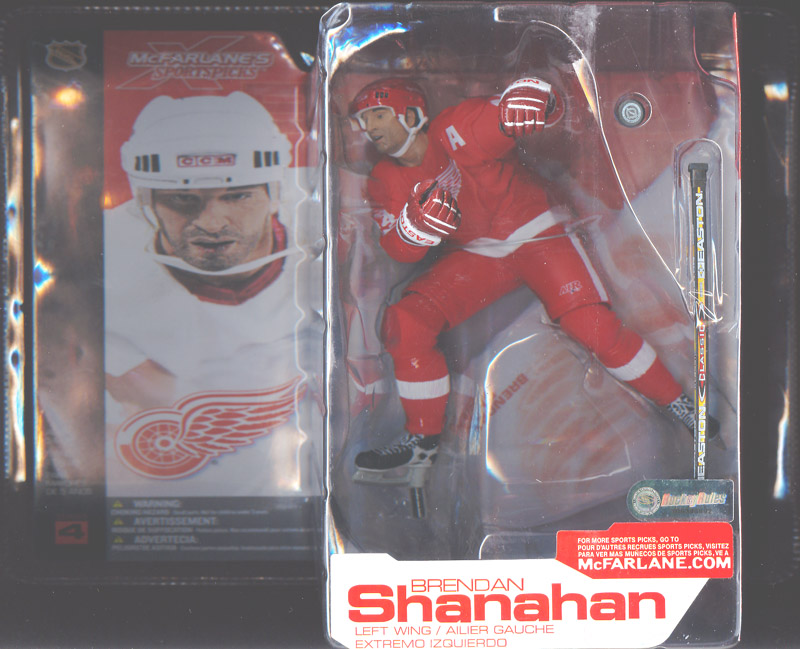 Brendan Shanahan (red uniform)