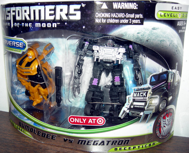 Bumblebee vs Megatron Target Exclusive Transformers action ...