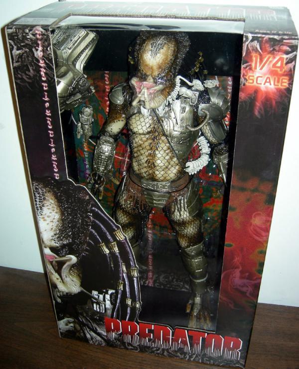 19 inch Predator, unmasked, closed mandibles action figure