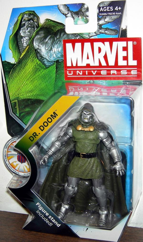 Dr Doom Figure Marvel Universe Series 3 015