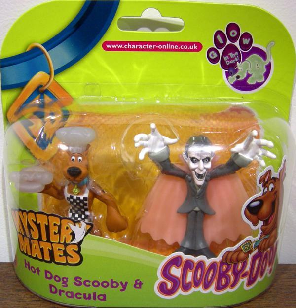 Hot Dog Scooby Dracula Mystery Mates