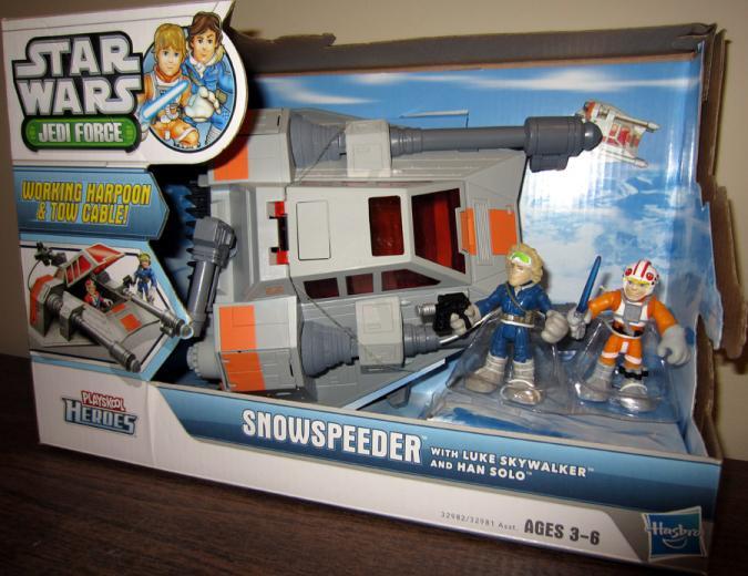 Snowspeeder Playskool Heroes action figure