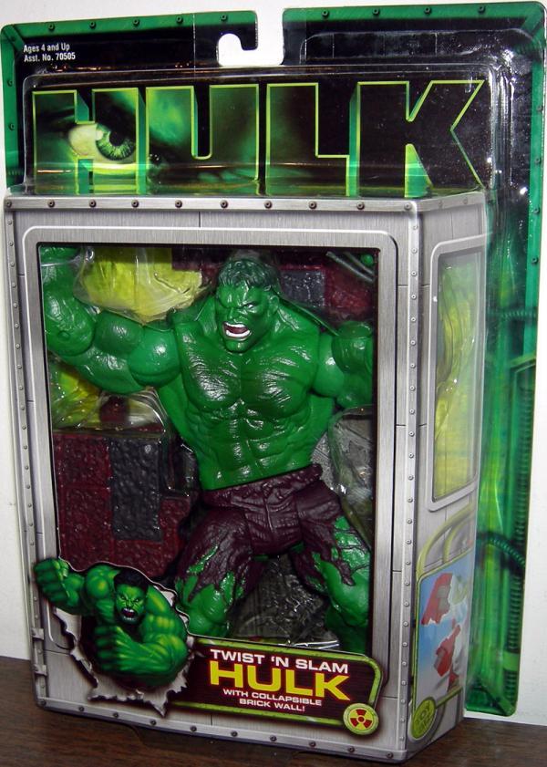 Twist N Slam Hulk Movie Collapsible Brick Wall action figure