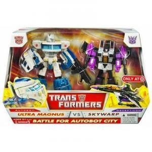 Ultra Magnus vs Skywarp Battle Autobot City Transformers action figures